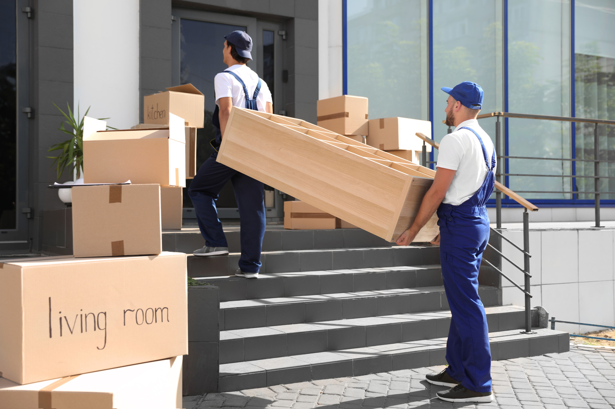 Movers That Leave a Mark: Qualities of a Good Moving Company That Make Customers Remember You